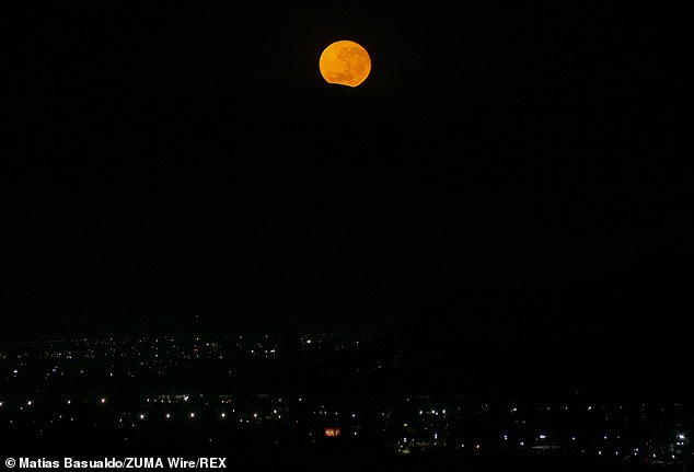 The moon will be in the sky for more than 15 hours from Tuesday evening to Wednesday morning, making it the longest moon of the year.  The moon sets behind a hill on the morning of December 29 in Chile
