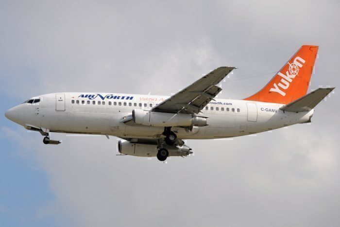 737-200 with an unpaved tape kit