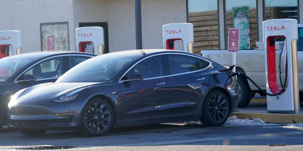 A crossed obstacle that still leaves Tesla's stock in a funny way