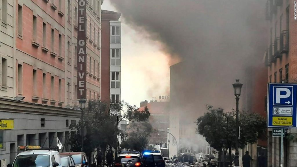 Madrid explosion: two dead and several wounded, as a result of an explosion that rocked the Spanish capital
